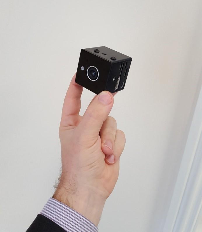 aurora-facial-recognition-sensor-ab906140e3132ddda22866731512388e64877b70