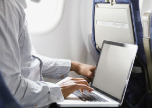 aw-travel-airport-laptop-nonbreaking-300x214-a29ee429ba477b28bd12bd74056c3a91cf850b89