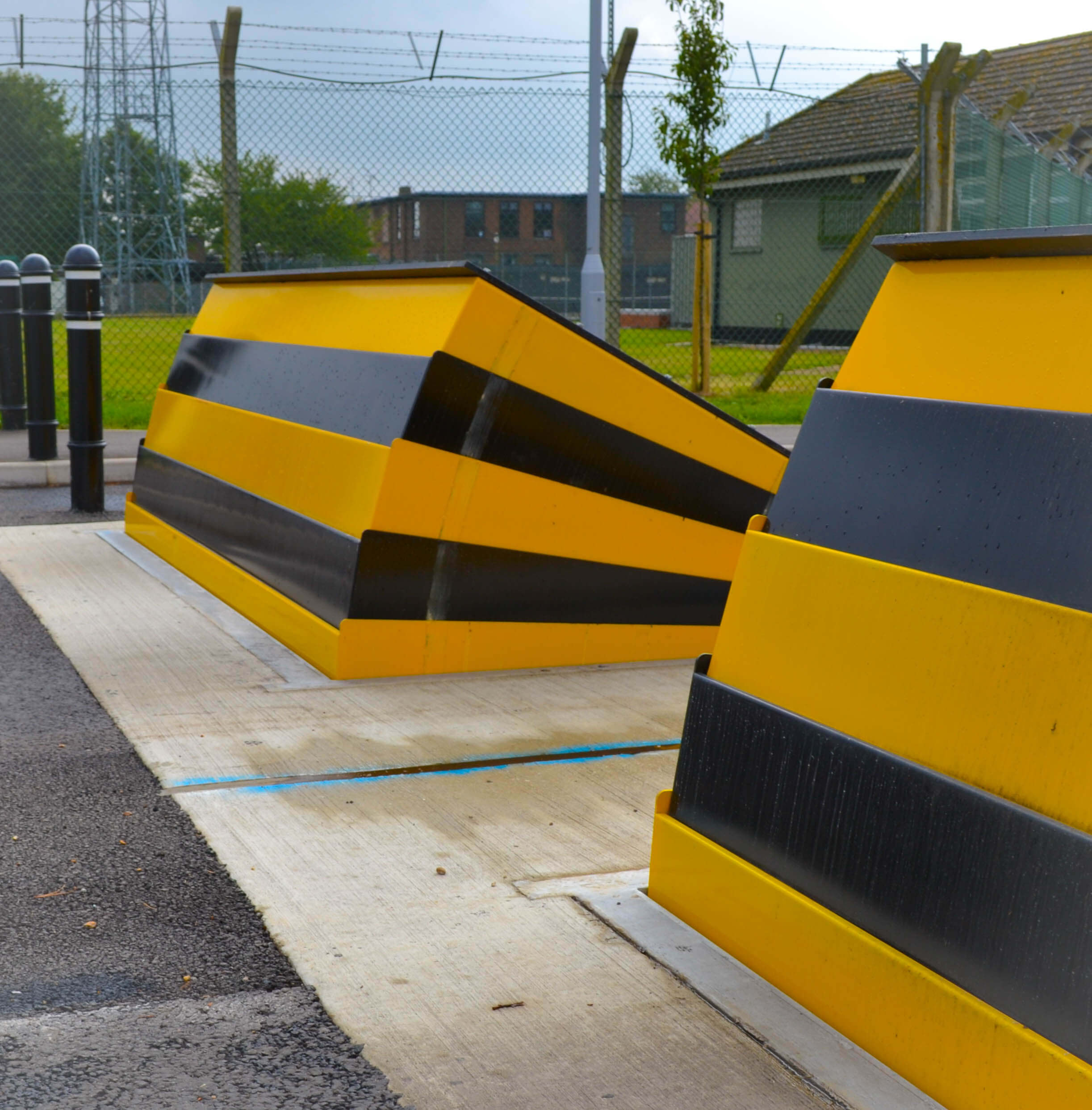 CT Block Vehicle Defence Barrier Apex Top  (VED/0007)