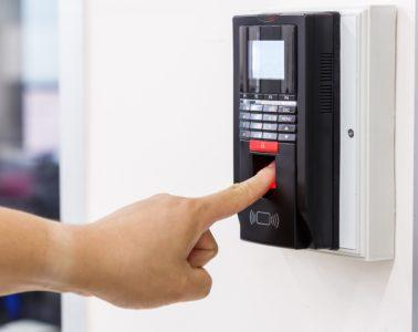 biometrics-fingerprint-door-entry-e1513256495390-cf280f3896a10bbe0d689c4a002818983331f256