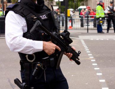 armed-police-UK-streets-e1516013438930-b24061e6f1aeab0d3af4ea4d8cd9b92a36cebb18