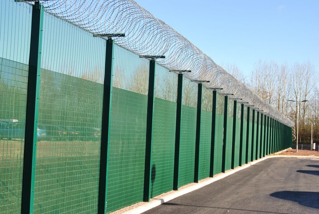 Heras launches SR accredited mesh fencing solution, creating complete perimeter protection offering for the high security market