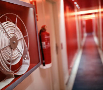 fire-extinguisher-hose-hotel-corridor-e1512744432939-d4dcc820127f094a0d6a535699caa2b16f8f1019