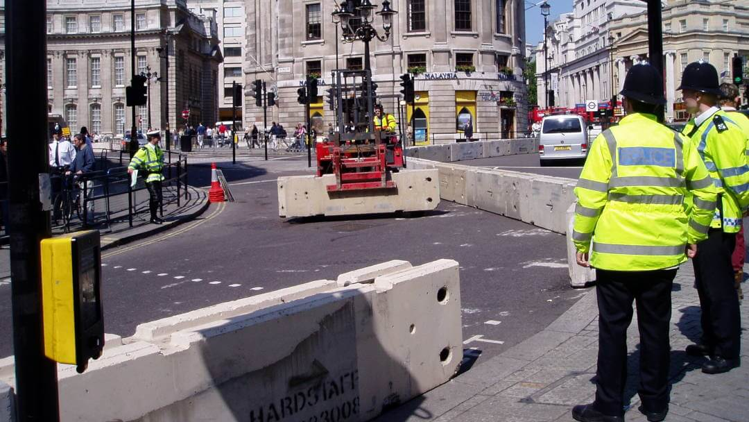 Hardstaff Barriers secure Metropolitan Police contract