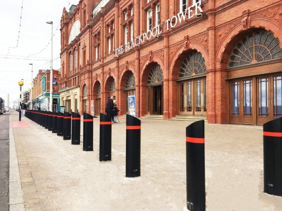 Safetyflex Barriers install bollards around Blackpool Tower